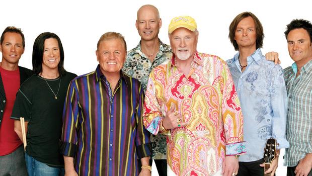 Noch immer bestens gelaunt und musikalisch brillant: Die Beach Boys!